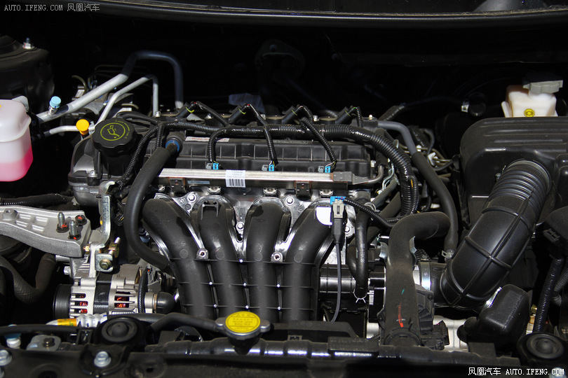 发动机:                                                 1.5l 1.