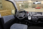2011款 丰田HIACE 2.7L 自动标准版13座