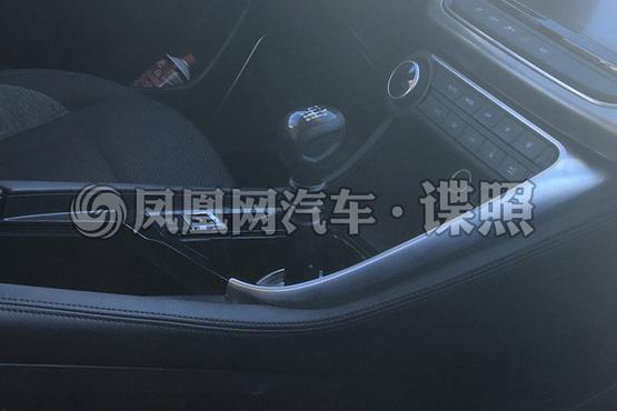 曝东风神AX7手动挡无伪谍照 拉低准入门槛/年内上市
