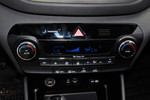2015款 现代途胜 1.6T 双离合两驱舒适型