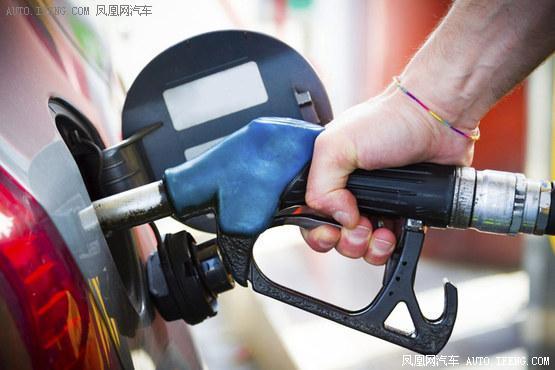 国内油价迎年内6连涨:92号汽油上调0.13元/升