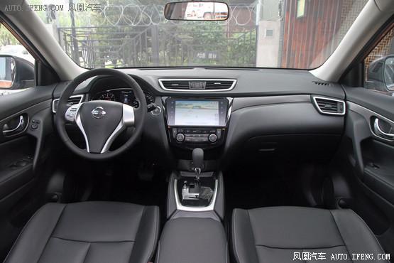 2015款 日产奇骏 2.0L CVT舒适MAX版 XL