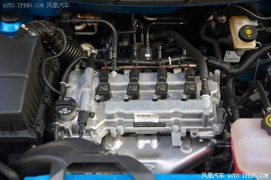 赛欧发动机气缸盖结构图
