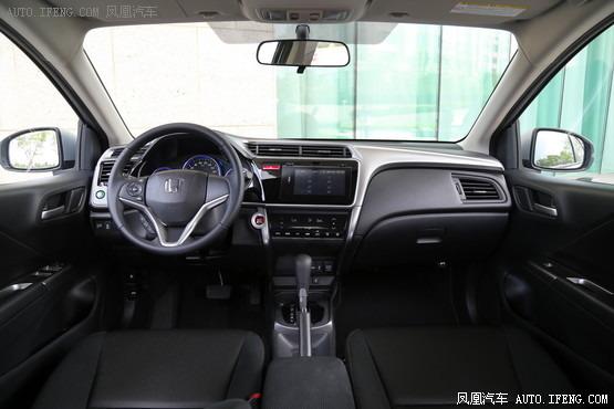 2015款 本田锋范 1.5L 自动旗舰版