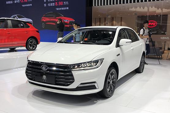 全新比亚迪秦燃油版预售6.68万起