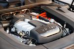 2011款 大众途锐 3.0TSI V6 混合动力版