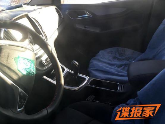 宝骏560七座版谍照曝光 或更换后悬架_车猫网