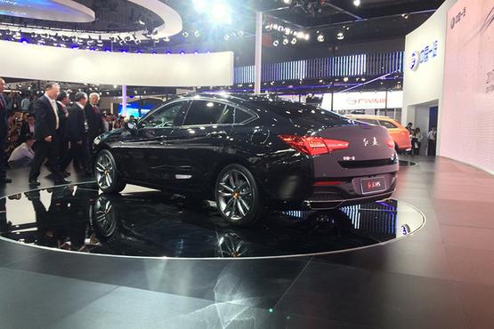 2017上海车展:红旗H5车型首发亮相!