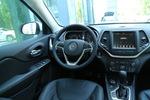 2017款 Jeep自由光 2.4L 卓越版