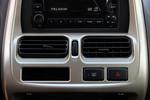 2013款 日产帕拉丁 2.4L 四驱标准纪念版