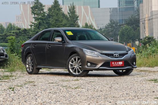 新款丰田锐志优惠0.8万元 现车颜色齐全