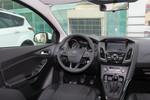 2017款 福特福克斯 三厢 1.6L 手动风尚型智行版