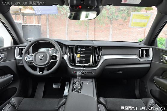 2019款 沃尔沃XC60 T5 四驱智远运动版