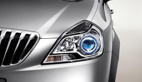 眼睛是心灵的窗户 汽车灯具保养勿忽视